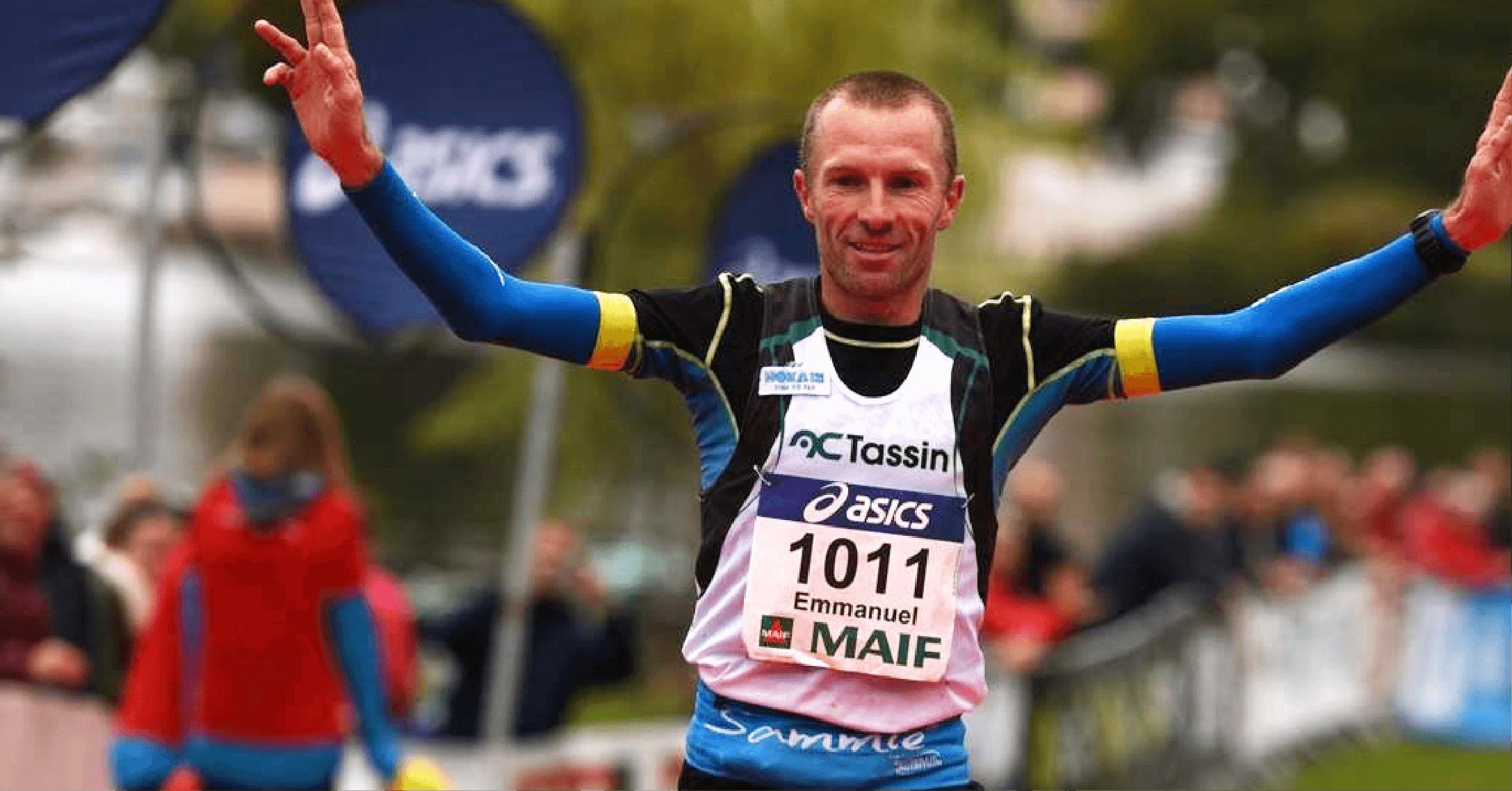 Manu Meyssat, en compétition portant la ceinture de Running Sammie®