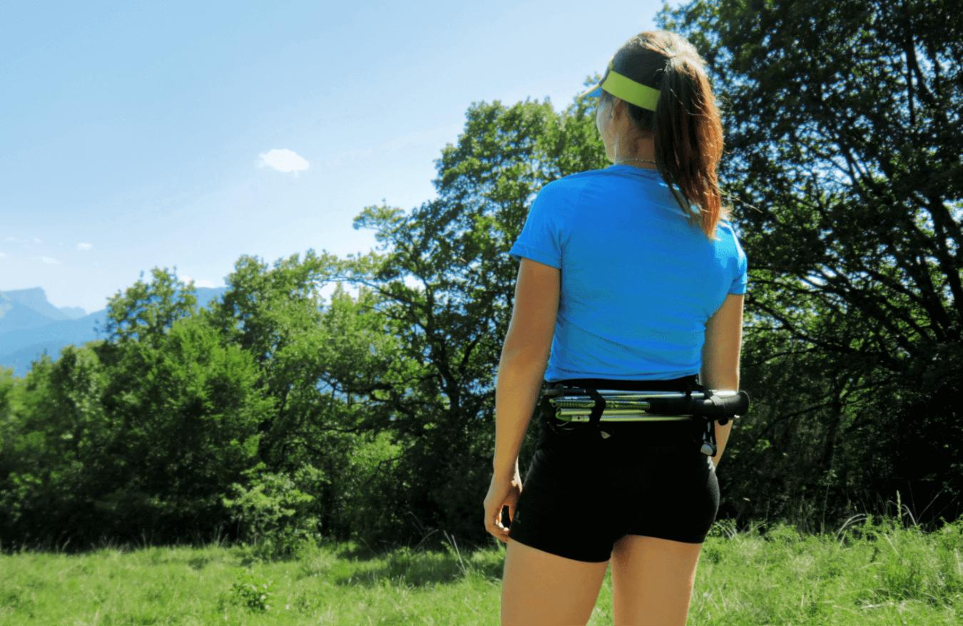 Anais Chevalier portant la ceinture de running Sammie® Trail